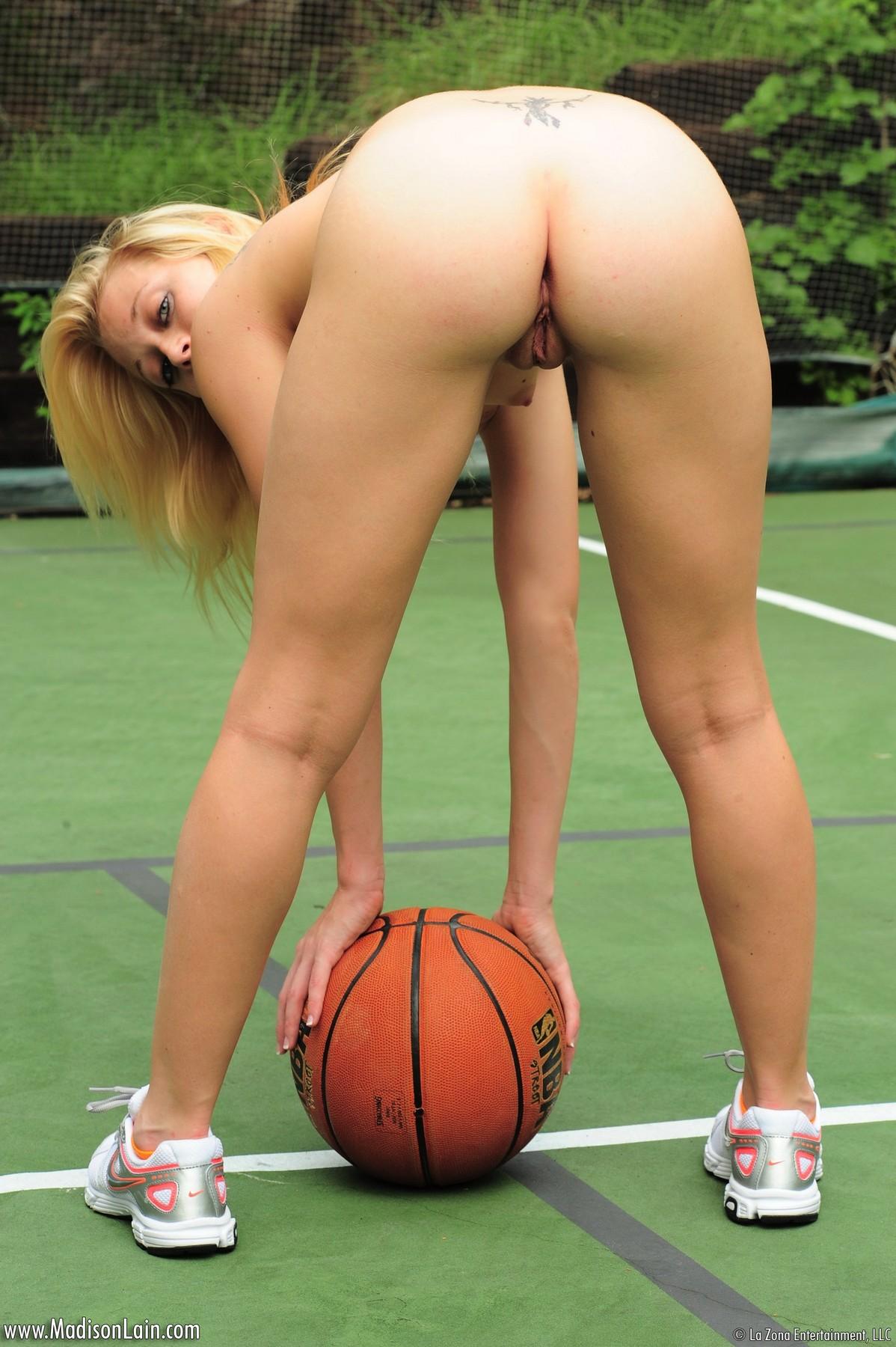 porno-visokie-basketbolistki