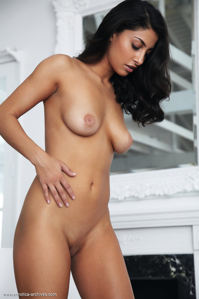 Beautiful naked persian girls belladonna